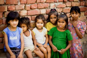 India, 20 feti sotto un ponte. Tutte bambine | Frontiere